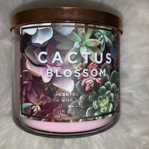 bath and body works Makeup - 3 wick candle
